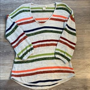 Lucky lightweight Fall sweater!  Size Large
